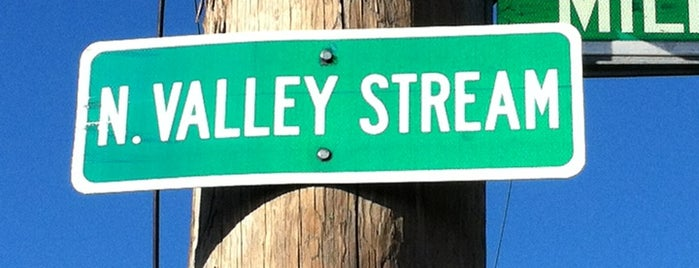 Valley Stream, NY is one of Tempat yang Disukai Jason.