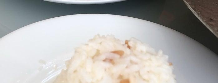 Ahmet Usta Sac Kavurma is one of yemek.