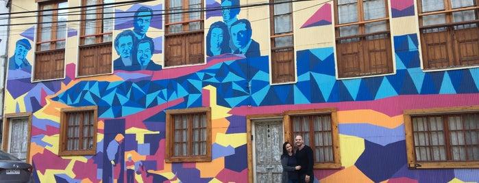 Hostal Los Poetas is one of Lugares favoritos de Adriana.