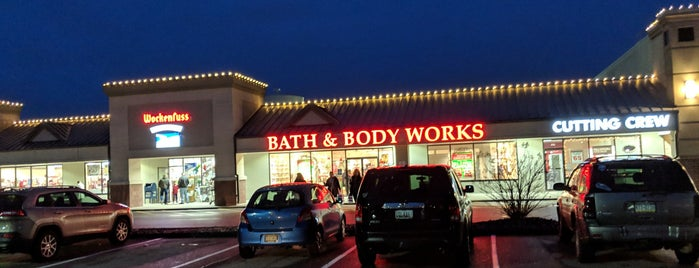 Bath & Body Works is one of Cece's Places-2.