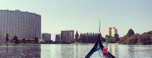 Lake Merritt is one of Oakland.