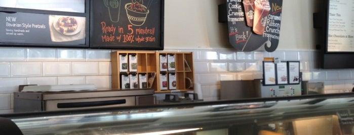 Starbucks is one of Victor: сохраненные места.