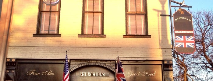 Churchills Pub is one of Claudia 님이 좋아한 장소.