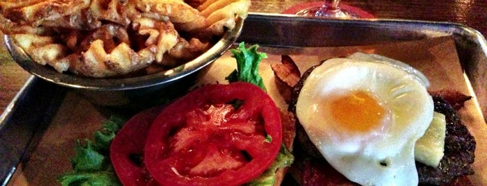Goodfriend Beer Garden and Burger House is one of * Gr8 Burgers—Juicy 1s In The Dallas/Ft Worth Area.