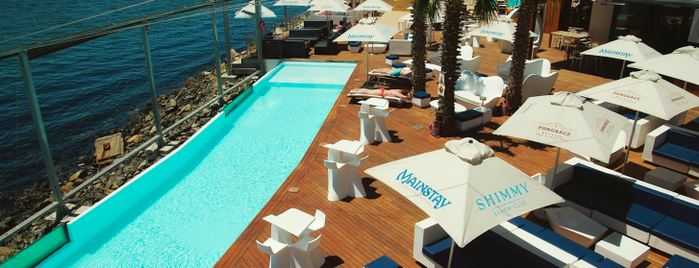 Shimmy Beach Club is one of 10things x Cape Town.