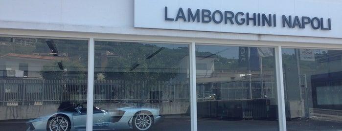 Lamborghini is one of Orte, die Simone gefallen.