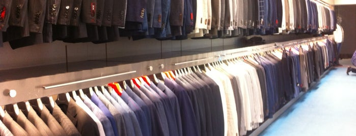 SuitSupply is one of Kevin'in Beğendiği Mekanlar.
