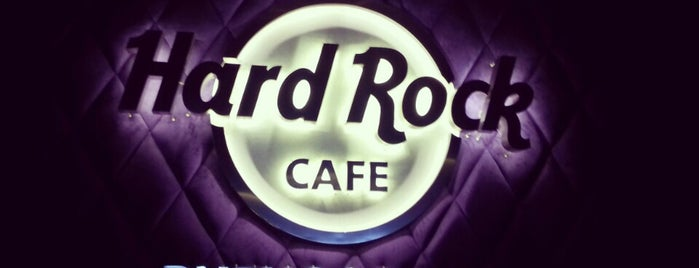 Hard Rock Cafe Buenos Aires is one of Almuerzo.