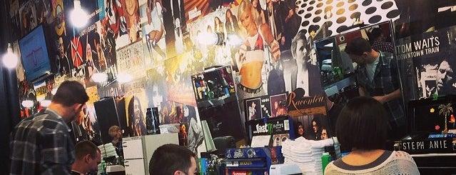 Floyd's 99 Barbershop is one of kazahel 님이 저장한 장소.