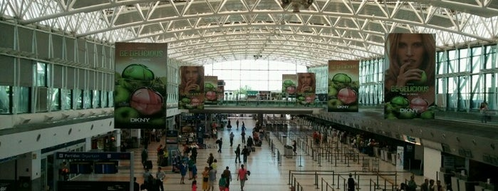 Ministro Pistarini Uluslararası Havalimanı (EZE) is one of Airports of the World.