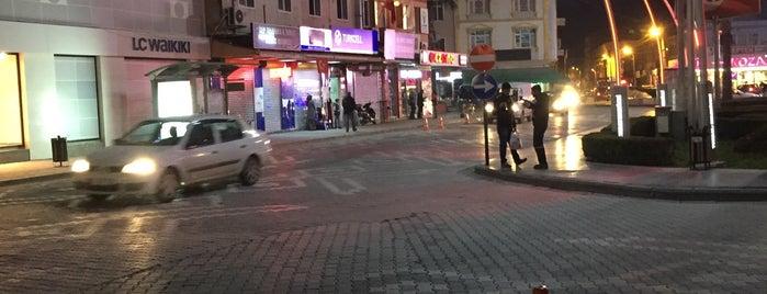 Tarihi Meydan Lokantası is one of สถานที่ที่บันทึกไว้ของ Emre.