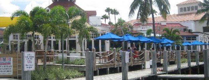 Bimini Boatyard Bar & Grill is one of Locais curtidos por John.