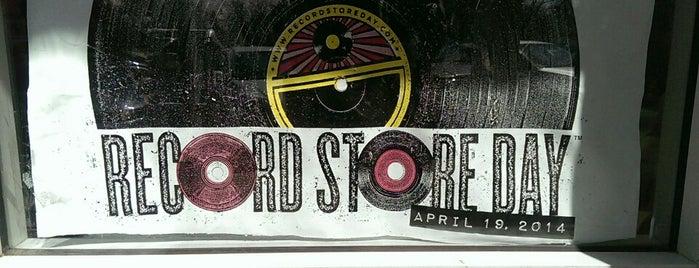 Rainbow Records is one of Locais curtidos por Robert.