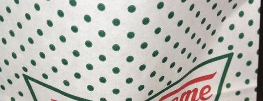 Krispy Kreme is one of Lieux qui ont plu à Danijel .