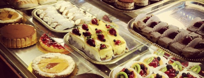 Pan'e Dolci - Italian Bakery is one of Tim 님이 좋아한 장소.
