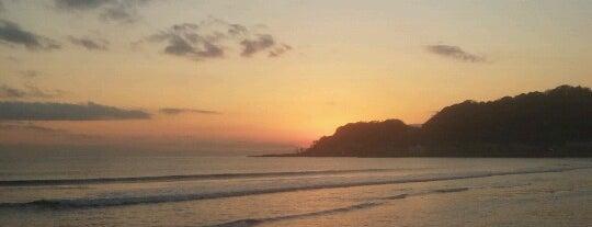 Yuigahama Beach is one of Katsu : понравившиеся места.