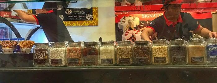 Cold Stone Creamery is one of Lieux sauvegardés par iSA 💃🏻.