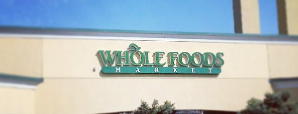 Whole Foods Market is one of Tempat yang Disukai Al.
