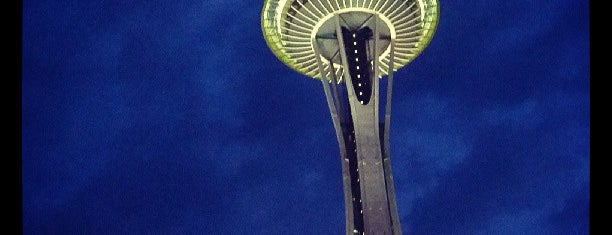 Space Needle is one of Bric à brac USA.