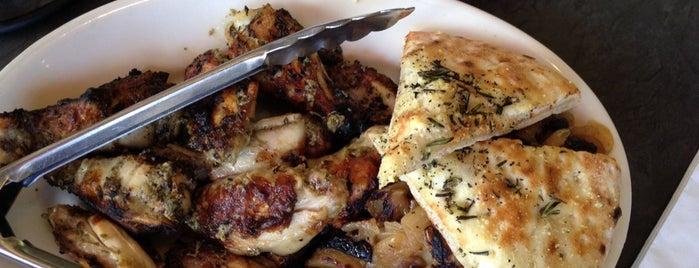 Luigi's Coal Oven Pizza is one of Janet 님이 좋아한 장소.