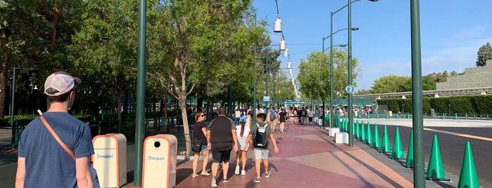 Disneyland Security Gates is one of Fabioさんのお気に入りスポット.