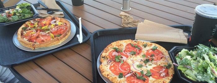 Pie Five Pizza Co. is one of Lieux qui ont plu à Bryan.