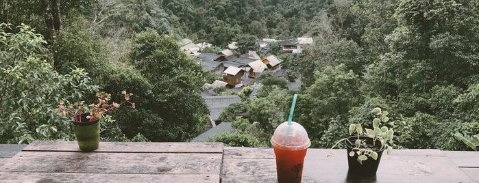 ชมนก ชมไม้ is one of สถานที่ที่ Huang ถูกใจ.