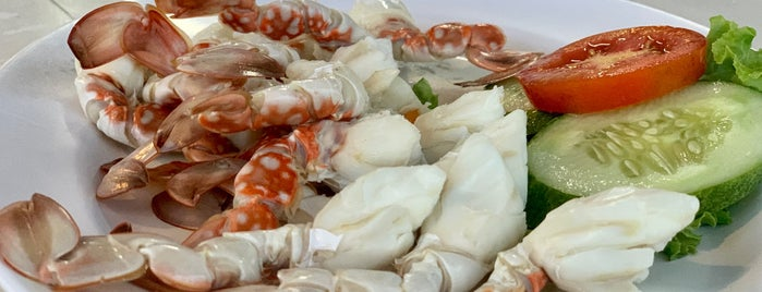 Shell Tangkay Seafood is one of Lieux qui ont plu à Huang.