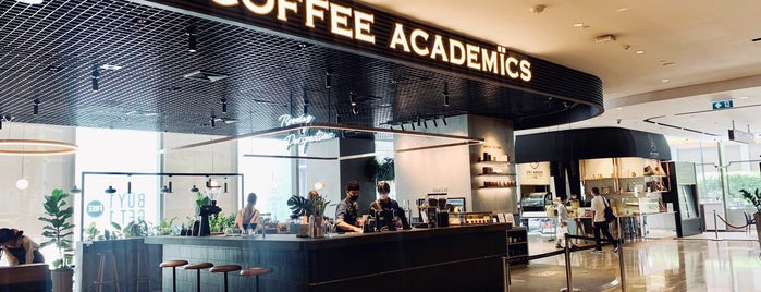 The Coffee Academics is one of Orte, die Huang gefallen.
