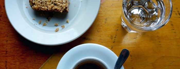 High Five Coffee Bar is one of Chu 님이 좋아한 장소.