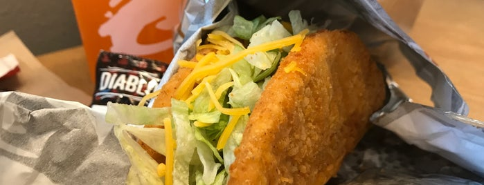 Taco Bell is one of Chiaさんのお気に入りスポット.
