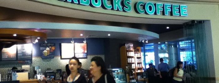 Starbucks is one of Coffee Shop + colokan listrik.