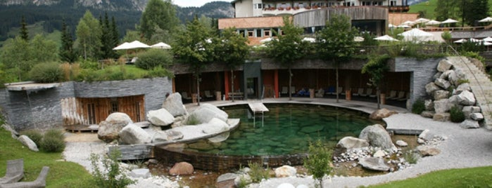 Hotel Jungbrunn is one of Lugares favoritos de Andreas.