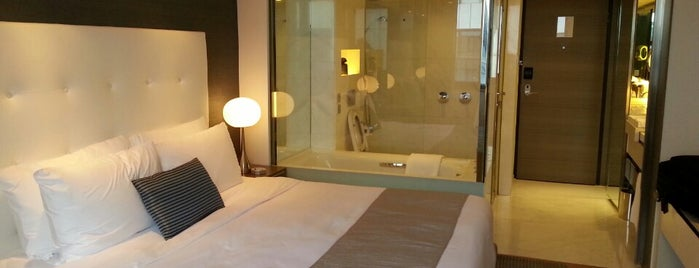 The Mira Hong Kong is one of Design Hotels.