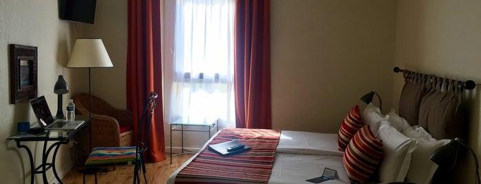 Hotel de Flore is one of Hotspots Wifi Orange - Vacances.