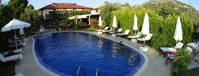 Savana Boutique Hotel & Restaurant is one of Posti che sono piaciuti a GezginGurme.