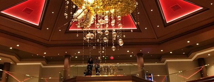 Lucky Dragon Hotel & Casino is one of Lugares favoritos de Paul.