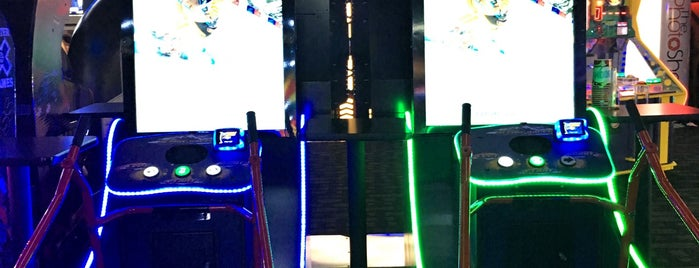 Dave & Buster's is one of Fun Activities.