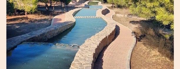 Parque del Molino de Agua is one of Lugares favoritos de Antonio.