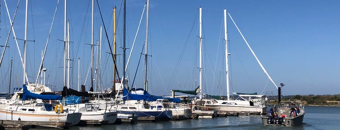 Point San Pablo Yacht Harbor is one of Locais curtidos por G.D..