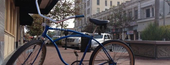 Historic Downtown Santa Ana is one of Captain'in Kaydettiği Mekanlar.