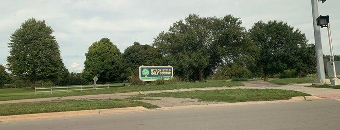 Huron Hills Golf Course is one of Locais curtidos por rob.