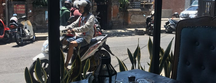 The Dusty Café is one of Bali ToDo.