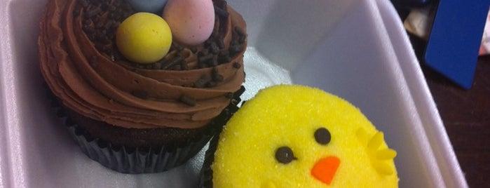The Gourmet Cupcake Shoppe is one of Orte, die Andrew gefallen.