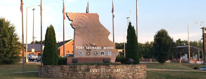 Fort Leonard Wood Main Gate is one of Airports.