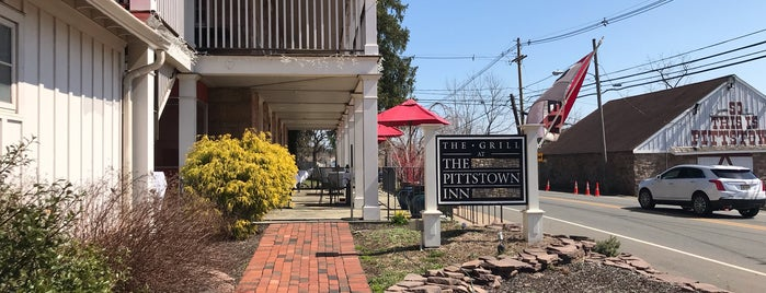 Pittstown Inn is one of Locais curtidos por Michael.