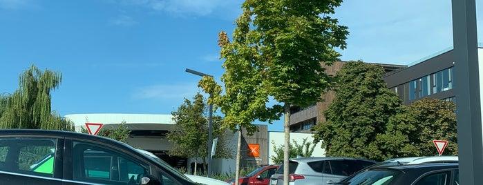 X-BIONIC Sphere Hotel is one of สถานที่ที่ Martina ถูกใจ.