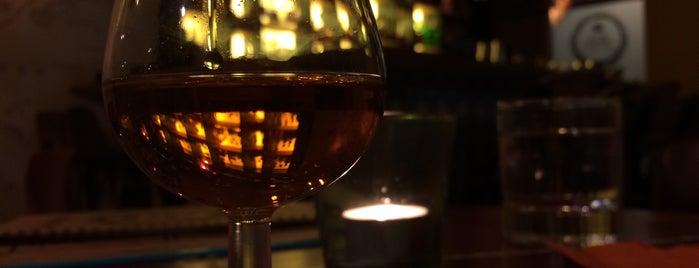 Rum Barrel is one of Posti che sono piaciuti a Wez.