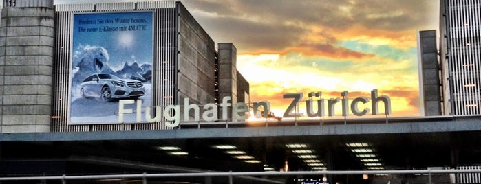 Aeroporto de Zurique (ZRH) is one of favs.