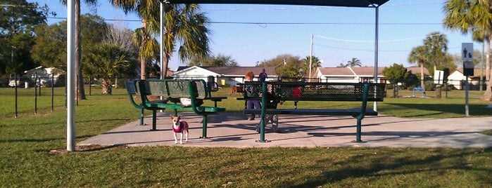 Apollo Beach Dog Park is one of My Fun.